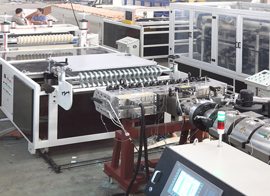Roof Tile Extrusion Machine
